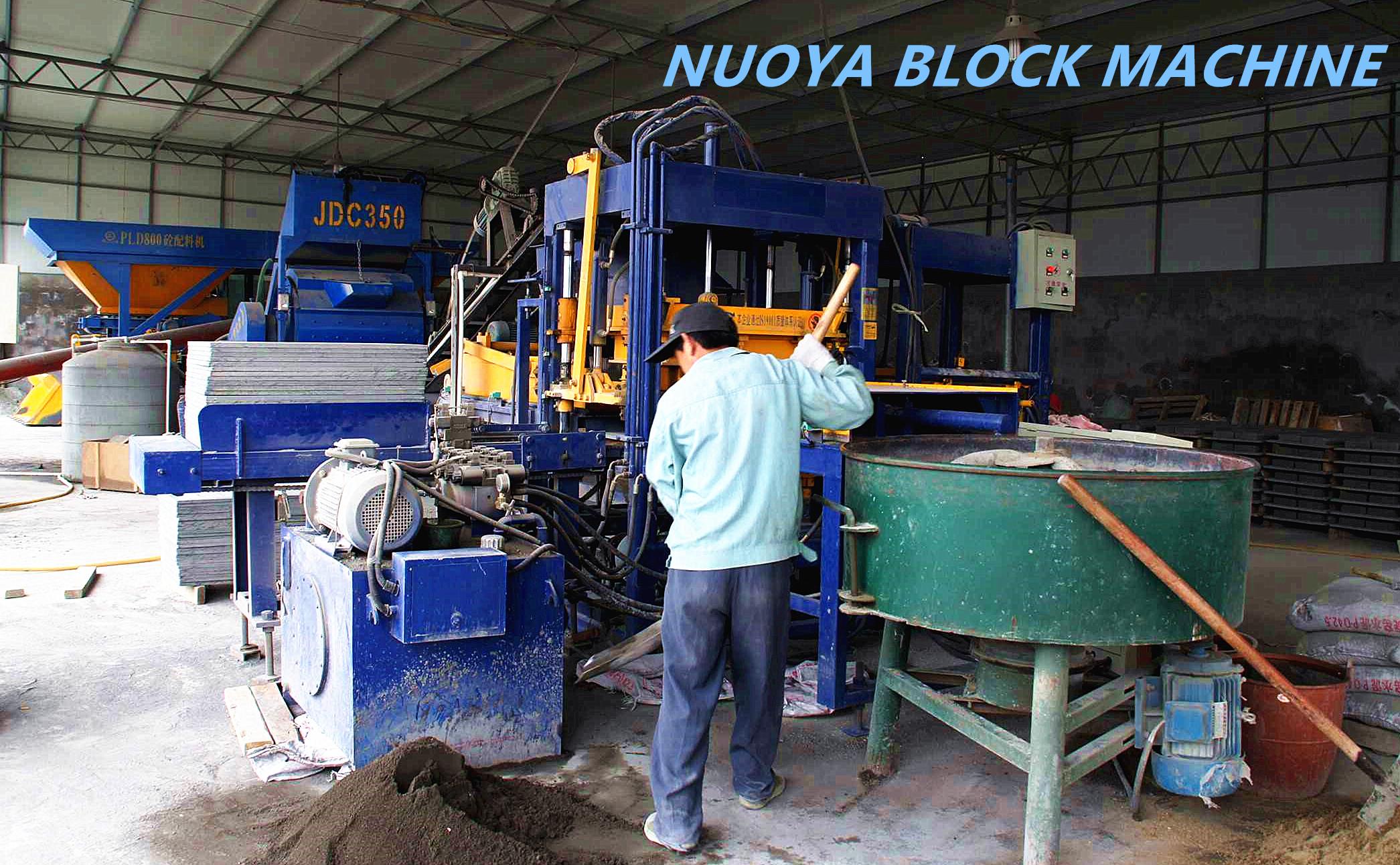 QT4-15 Fully Automatic Concrete Block machine in china